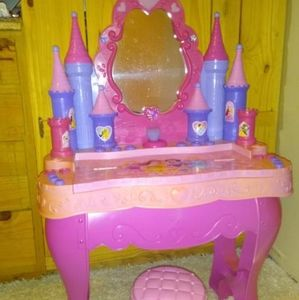RARE Disney princess piano/vanity